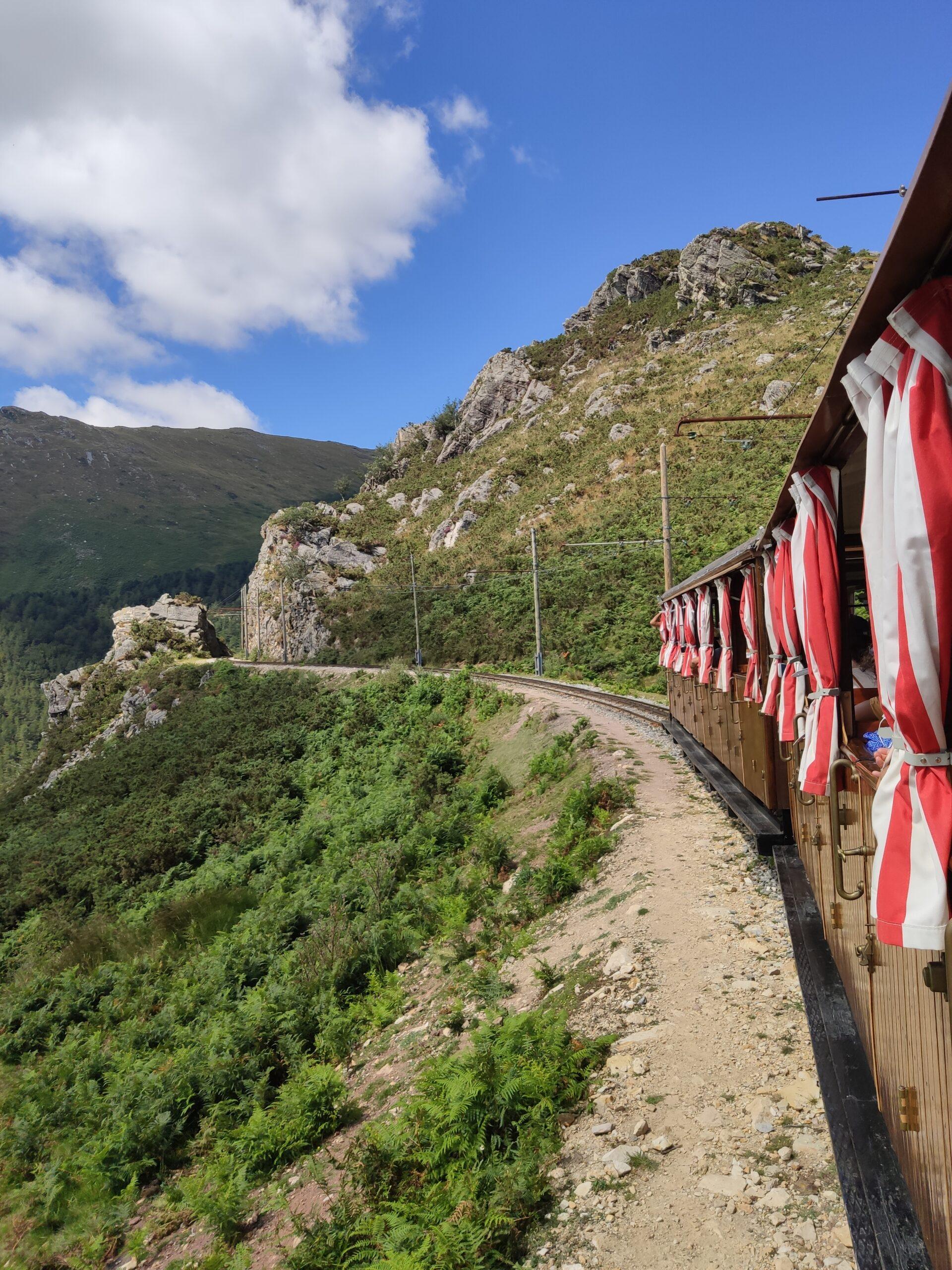 Tren de Larrún. Consejos e información útil